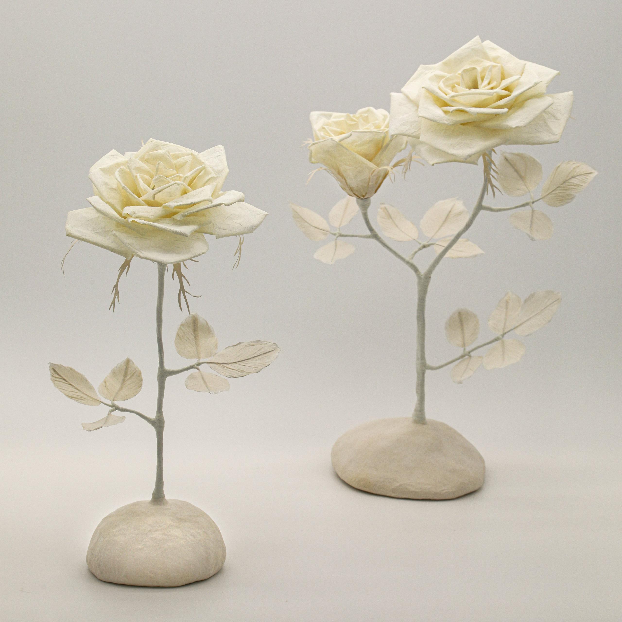 White rose 和紙の薔薇のランプ
